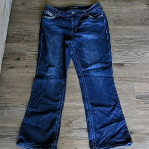 Maurices Jeans Size 16 Regular length